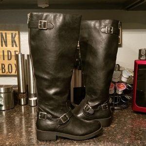 Nwot black tall moto boots sz 7
